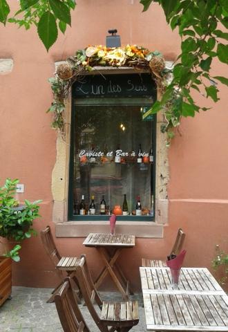 L'Un des Sens Wine Bar, Colmar, by Sue Style