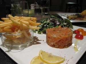 Tartare of home-smoked salmon, salad and frites - A Table chez Marie's yummy take on fish 'n chips