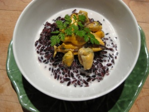 moules in coconut milk sauce, black rice (3)