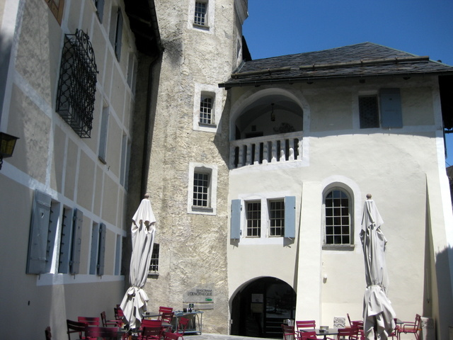 L'Oenothèque @Chateau de Villa  – The Place to Be in Sierre