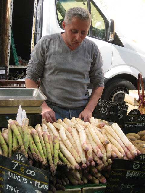 In the Mood for Asparagus: Spring Green or MightyWhite?